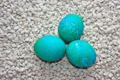 Wielkanocni jajka dekorujący Zdjęcie Royalty Free