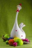 Wielkanocni jajka i kurczątko Zdjęcie Royalty Free
