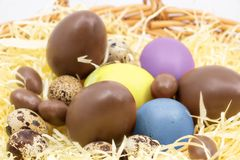 Wielkanocni jajka na gospodarstwie rolnym obrazy stock