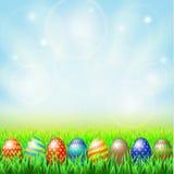 Wielkanocni jajka, zielona pogodna łąka Obraz Stock