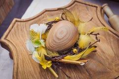 Wielkanocny drewniany jajko Zdjęcia Royalty Free