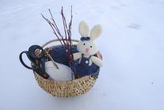 Wielkanocny królik z wiosną wierzba Zdjęcia Stock