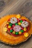 Wielkanocny skład na drewnianym tle Jajko Obraz Royalty Free