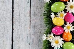 Wielkanocny tło z trawą fotografia stock