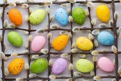 Wielkanocy i wiosny dekoracja bazie i jajka, zdjęcia stock