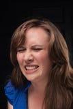 Wielki ból. Portret głośna dziewczyna. Zdjęcie Stock