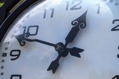 Wielki dekoracyjny zegar Fotografia Stock