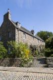 Wielki fieldstone i zadaszający grodzki dom w Aberdeen fotografia stock