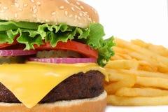 wielki fry soczystego hamburgera Fotografia Royalty Free