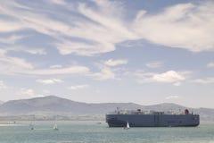 Wielki merchandise statek Zdjęcia Royalty Free