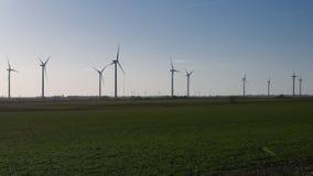 wielki niebieski chmura wschodu brzegowego farmy Północnej nieba pogody biały miły wiatr zdjęcia royalty free