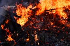 Wielki Niekontrolowany Drewniany ogień zdjęcie stock