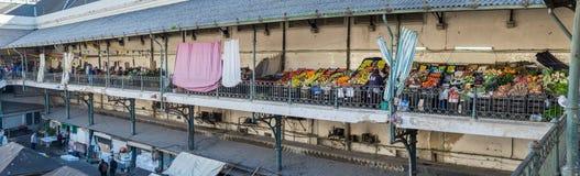 Wielki panoramiczny widok Porto środkowy rynek (Mercado robi Bolhao) Portugalia fotografia stock