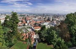 Wielki panoramiczny widok z lotu ptaka Ljubljana fotografia stock