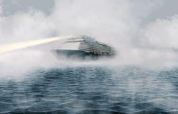Wielki pasażerskiego liniowa żeglowanie przez ciężkiej mgły na oceanie zdjęcia royalty free