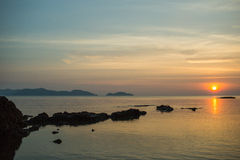 Wielki seascape i niebieskie niebo Zdjęcie Royalty Free