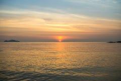 Wielki seascape i niebieskie niebo Zdjęcia Stock