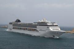 Wielki statku wycieczkowego MSC opery komes przesyłać Zdjęcie Royalty Free
