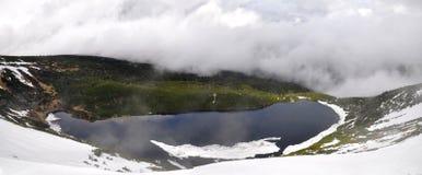 Wielki Staw em montanhas gigantes Foto de Stock Royalty Free