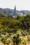 Wielkie Święte relikwie Pagodowy Nabhapolbhumisiri który viewd od Kew Mae niecki Halnej grani w Chiang Mai, Tajlandia Zdjęcie Royalty Free