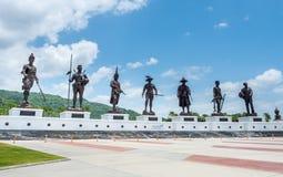 Wielkie siedem Tajlandzkich królewiątek statui przy Huahin Zdjęcia Royalty Free