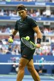 Wielkiego Szlema mistrz Rafael Nadal Hiszpania w akci podczas jego us open 2017 definitywnych dopasowań Fotografia Stock