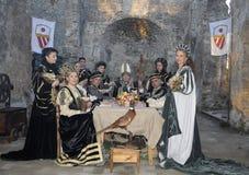 Wielmoże przy średniowiecznym bankietem Obrazy Stock