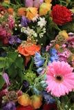 Wielo- barwioni ślubów kwiaty Zdjęcie Royalty Free
