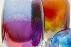 Wielo- barwiony wibrujący wyginający się krystaliczny projekt Kolorowy abstrakcjonistyczny b Obraz Stock