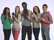 Wieloetniczna grupa ludzi Z kamerami Zdjęcia Stock