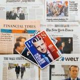 Wieloskładnikowa zawody międzynarodowi prasy gazeta z Emmanuel Macron Elec Zdjęcie Stock