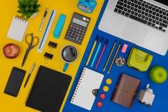 Wieloskładnikowe materiały rzeczy, przyrząda dla biura i szkoły i obraz royalty free