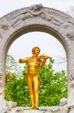 WIEN, ÖSTERREICH - 23. APRIL 2016: Statue von Johann Strauss Stockfoto