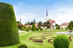 WIEN, ÖSTERREICH - 15. MAI 2016: Katholische Gemeindekirche Maria, die nahe schonbrunn Palast hietzing ist Lizenzfreie Stockfotografie