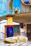 WIEN ÖSTERRIKE - JULI 31, 2014: WIEN ÖSTERRIKE - JULI 31, 2014: sikt av det berömda Hundertwasser huset i Wien, Österrike _ Royaltyfria Foton