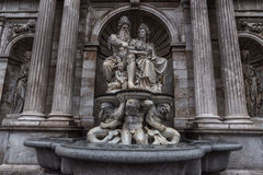 WIEN ÖSTERRIKE - OKTOBER 06, 2016: Staty av den Neue småstaden, Kunsthistorisches museum Wien Museum av Art History i Wien, Öster royaltyfri fotografi