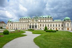 wien Der obere Belvedere ist ein sonniger Tag des Sommers Österreich stockfotografie
