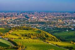 Wien horisont och Danube River Österrike vienna arkivfoto