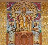 Wien - Kristus konungstatyn av arkitekten Richard Jordan och konstnären Ludwig Schadler från året 1933 i den Carmelites kyrkan Royaltyfria Bilder