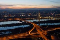 Wien nachts Stockfotos