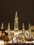 Wien-Rathaus am Weihnachten Lizenzfreie Stockbilder