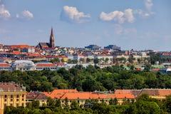 Wien stadshorisont i Österrike Arkivbild