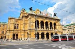 Wien statopera royaltyfria bilder