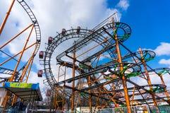 Wiener Riesenrad und Achterbahn Riesenrad des Wiener Würstchens an Lizenzfreies Stockbild