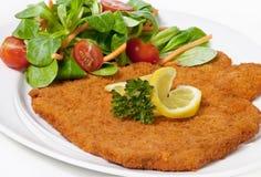 Wiener Schnitzel (Escalope) Lizenzfreie Stockfotos