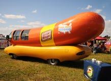 Wienermobile de Óscar Mayer Imagen de archivo libre de regalías