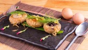 Wieprzowina kotlecików piłka, piec grule i jajka, Obraz Royalty Free