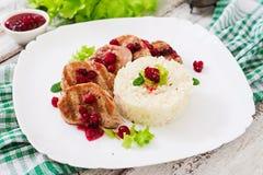 Wieprzowina medalionów stek z cranberry kumberlandem Zdjęcia Stock