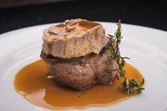 Wieprzowina stek z truflowym makaronem Zdjęcia Royalty Free