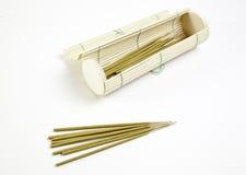 Wierookstokken en bamboe royalty-vrije stock foto